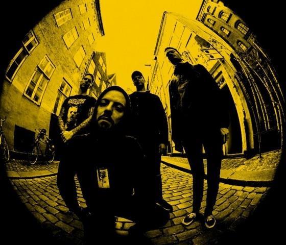 Ghost Iris kapela